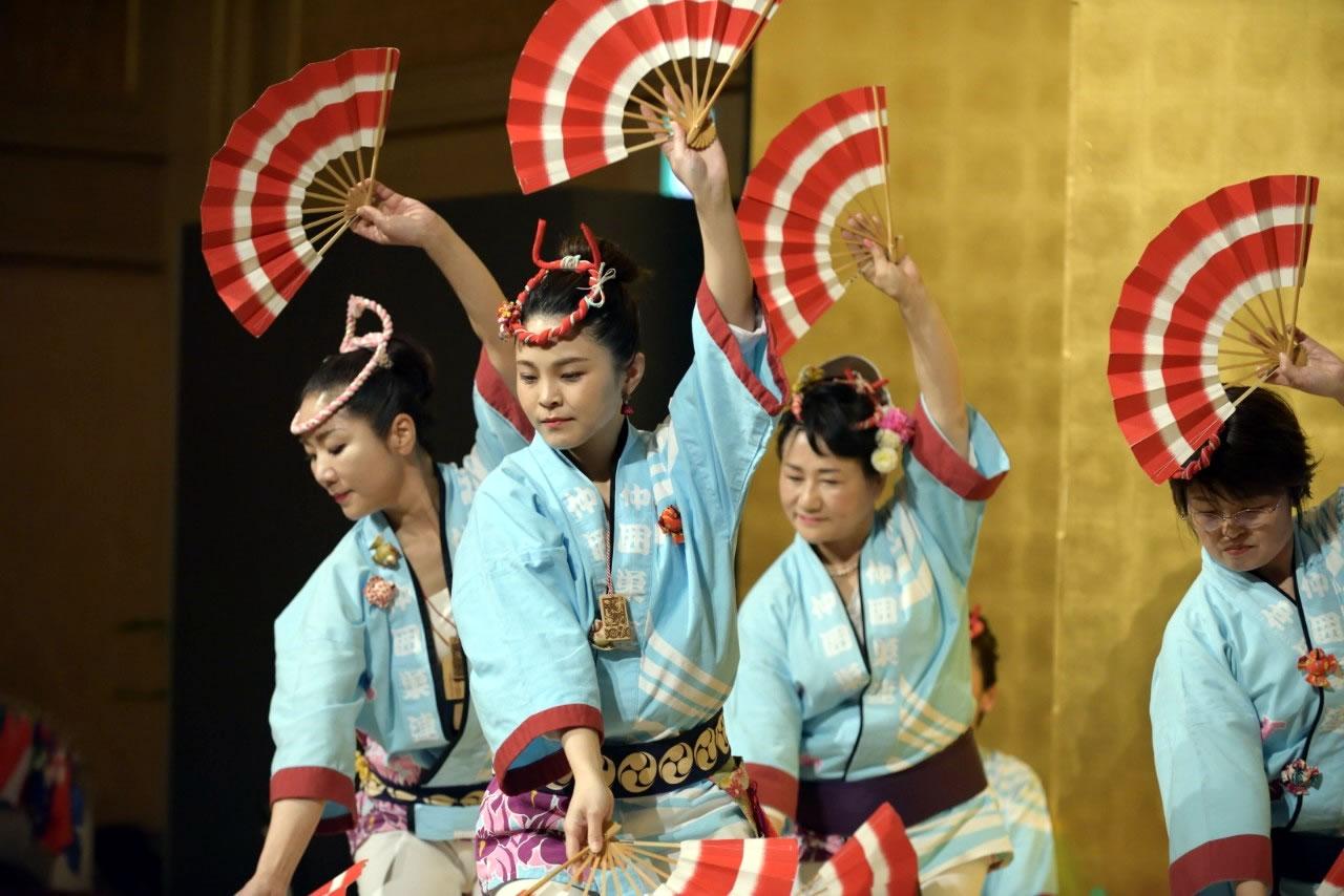 堺フェニックスライオンズクラブ結成20周年記念祝宴 すずめ踊り2