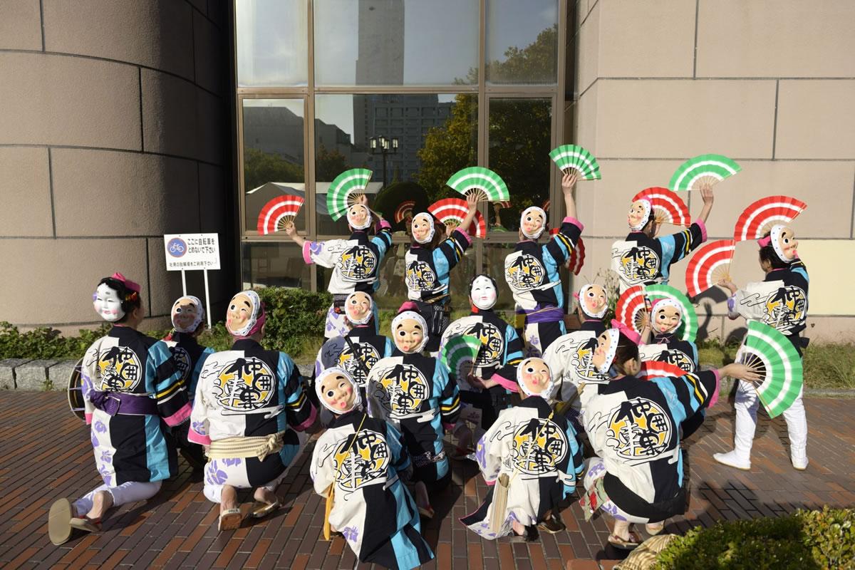 OSEAL2019 ハノーバー庭園にてすずめ踊り演舞