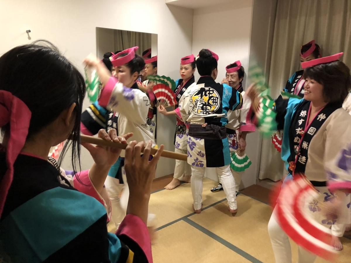倫理法人会新春互礼会にてすずめ踊り2